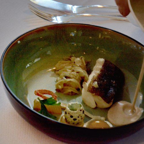 kabeljauw- uistamppot- karnemelkboter-gerookte heilbot - oude kaas