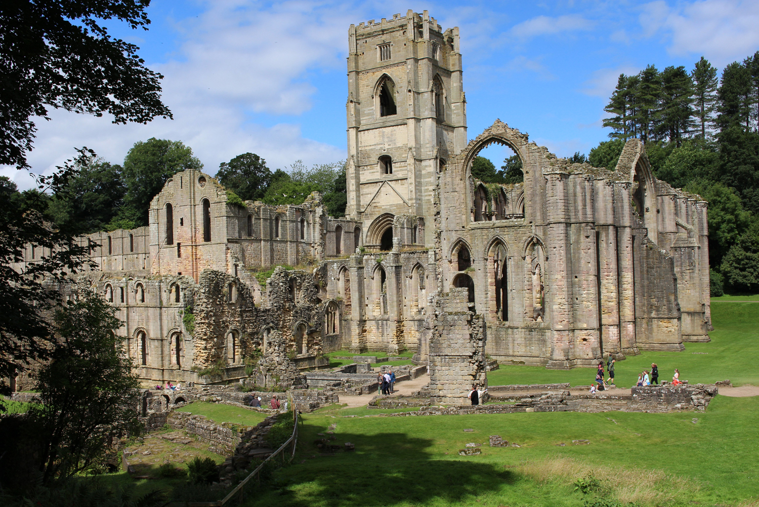 Fountains Abbey (2)