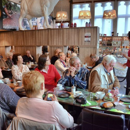 de schepen voor toerisme Gent verwelkomde de groep