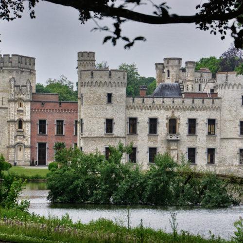 Kasteel van Boechout daterend van de jaren 1200...Het gebied was destijds moerassig, begroeid met beukenbomen en stond bekend als Boc-Holt, waarvan mogelijk de naam Bouchout is afgeleid.
