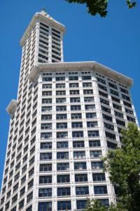 De allereerste wolkenkrabber van Seattle is de Smith Tower
