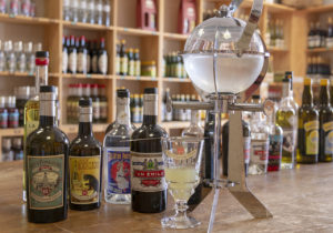 Absint  distillerie les Fils d'Emile Pernod © Alain DOIRE / Bourgogne-Franche-Comté Tourisme