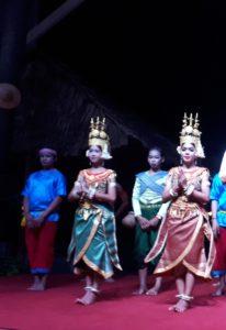 Apsara dansers