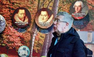 Onze gids Pierre Hilven, schetst de historische achtergrond van Tervuren