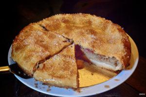 appeltaart met kweepeerlaagje....